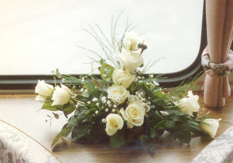 Ceremonievervoer bloemenversiering