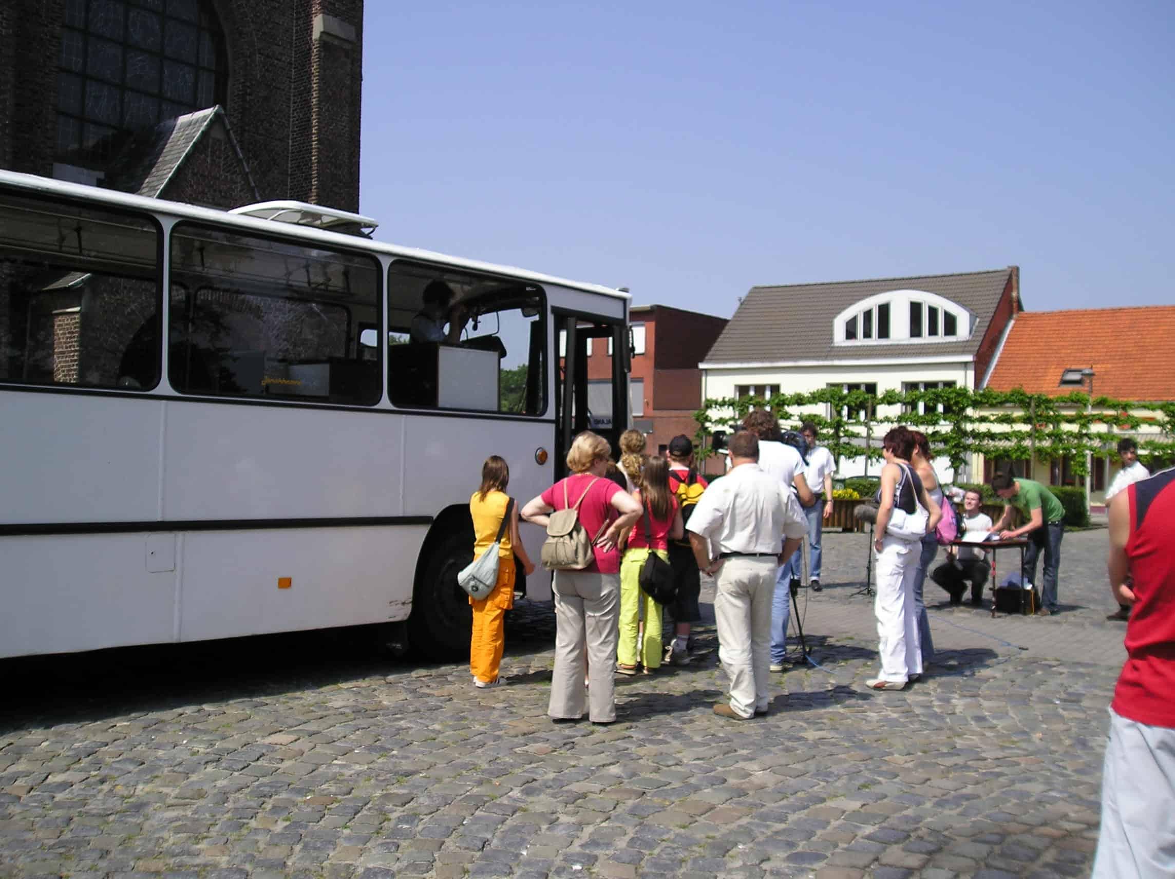 witte DAF-bus 1981 feestbus