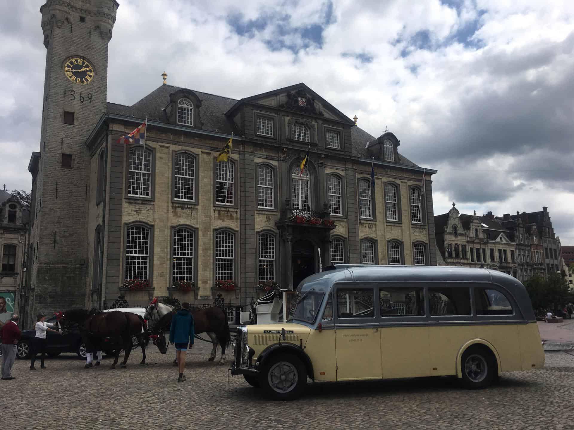 Saurer Trouwbus 201910-5