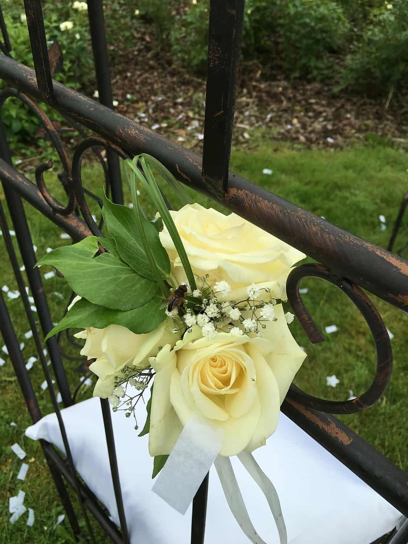 Prieeltje 2 zitbankjes bloemenversiering2LR