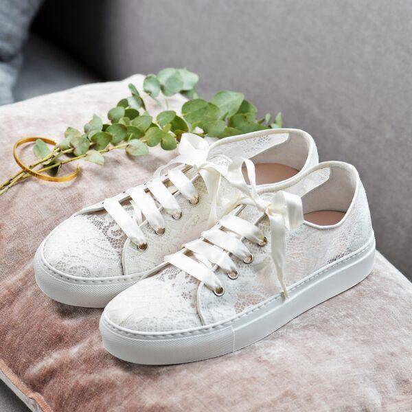 Trouwschoenen bruid Sneaker Kant Nelli