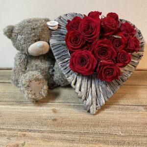 Valentijn Hartschaal Rode Rozen met Beer Me To You