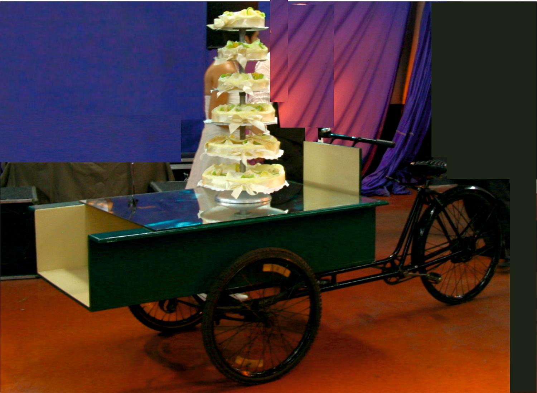 Platte Bakfiets Triporteur voor dessertenbuffet