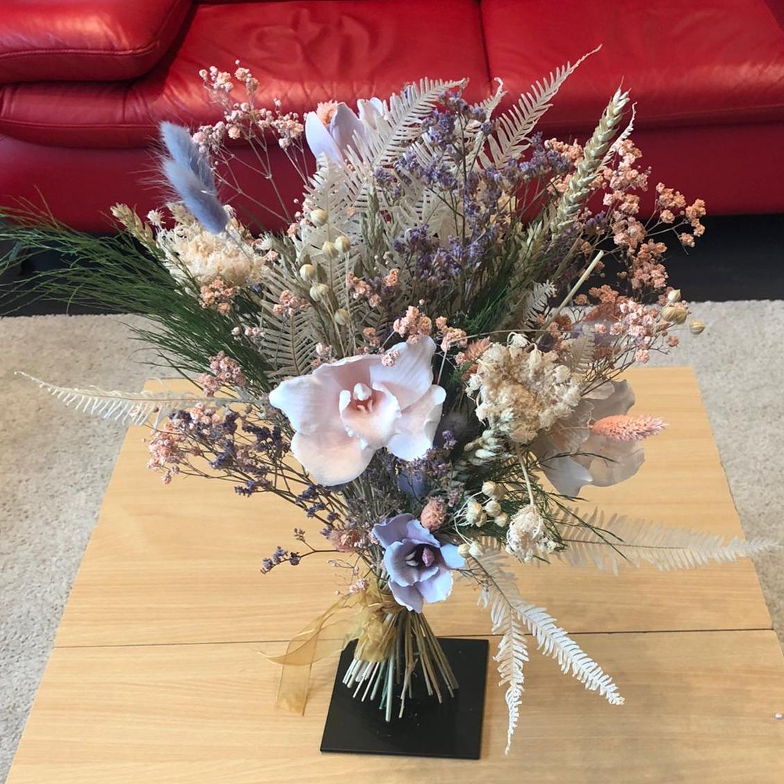 Bruidsboeket met Gevriesdroogde droogbloemen bohemian